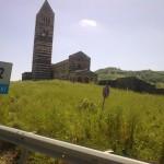 Il fascino della basilica di Saccargia in Sardegna