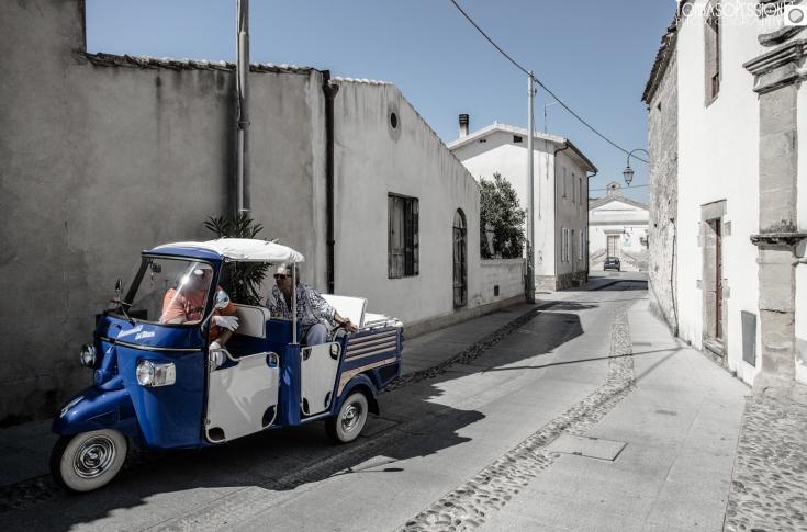 Guided tour in Ape Calessino, Barumini